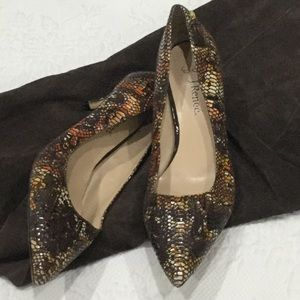 J. Renee snakeskin look heels size 8